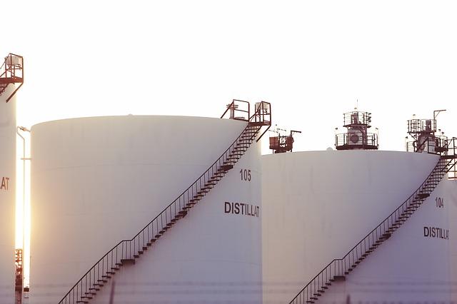 zbiornik dwupłaszczowy na olej opałowy